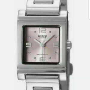 Pretty pink Casio Ladies LTP1237D-4A2 watch new